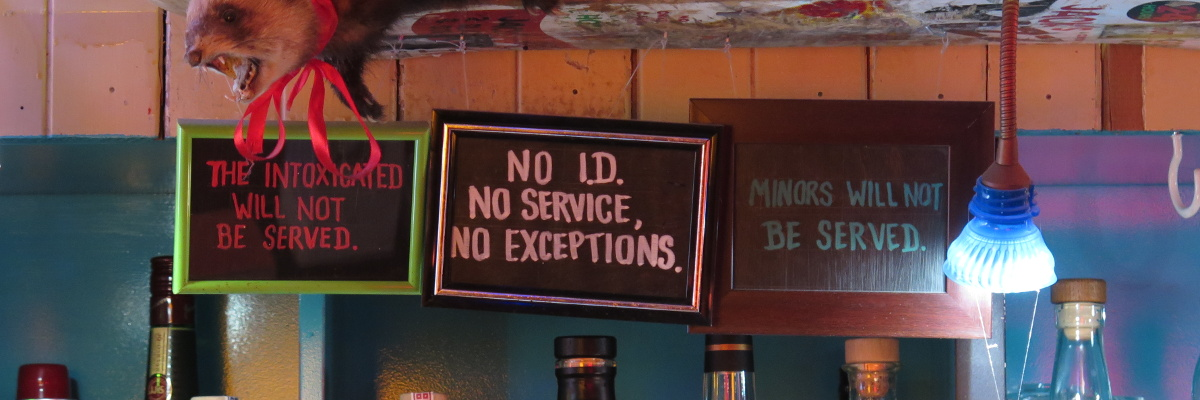 Mandatory signage in signature style (Golding's Free Dive, 7 April 2016)