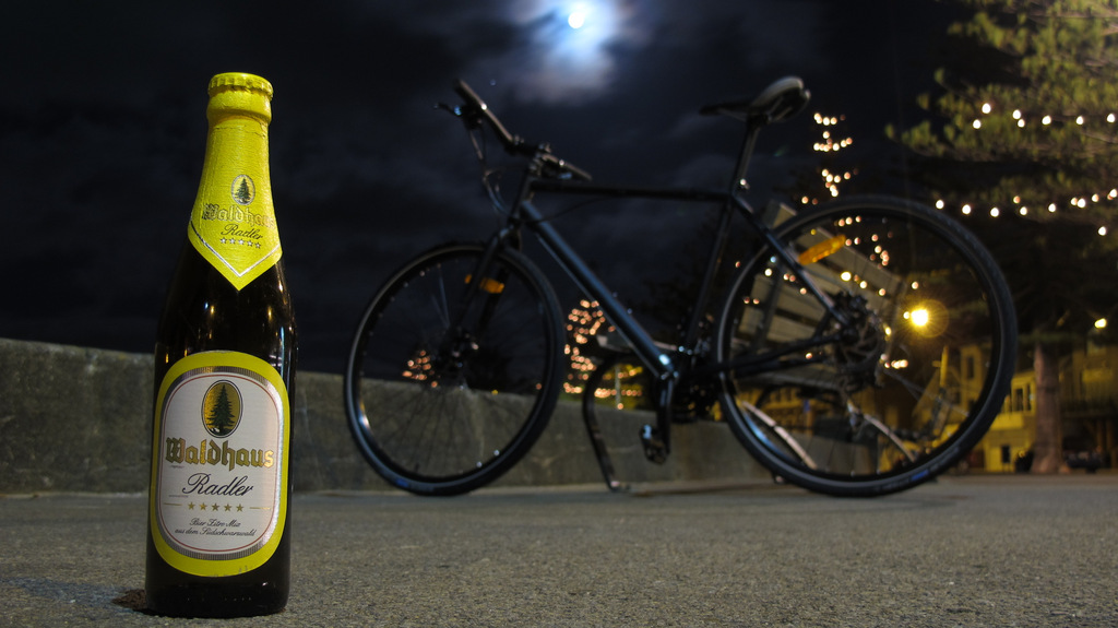 Waldhaus Radler, and my new bike (Oriental Parade, Wellington, 15 January 2014)